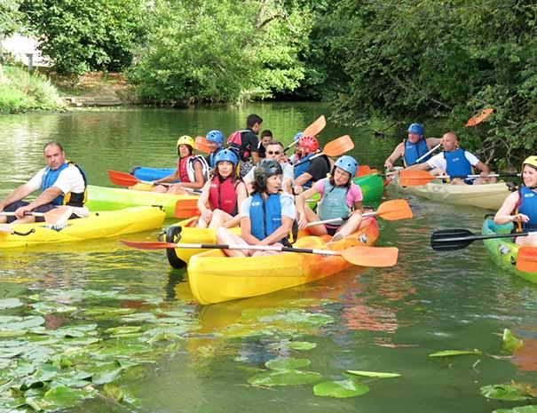 Canoe activité adulte vacances d'été sud ouest