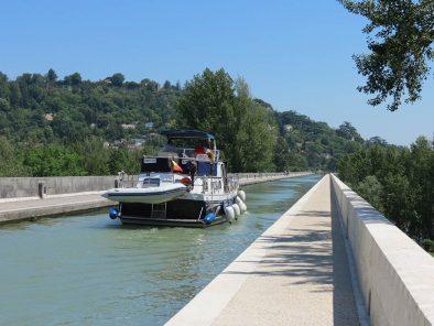 Pont et canal d'Agen séjour tourisme en couple ou entre amis Relais du Moulin Neuf