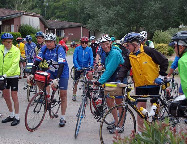 groupe cyclo à vélo relais du moulin neuf gers